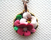 Petite Pinja - Charm necklace with clay detail