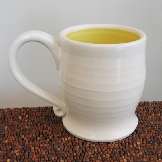 Sunny Mug in Lemon Yellow 14 oz. Pottery Coffee Mug