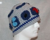 Unique handmade winter hat made to look like R2-D2 from Star wars one of a kind