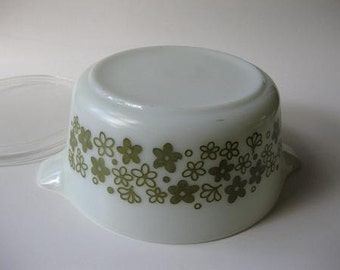 Vintage Pyrex Spring Blossom Cinderella 1.5 Qt  Baking Dish with Lid