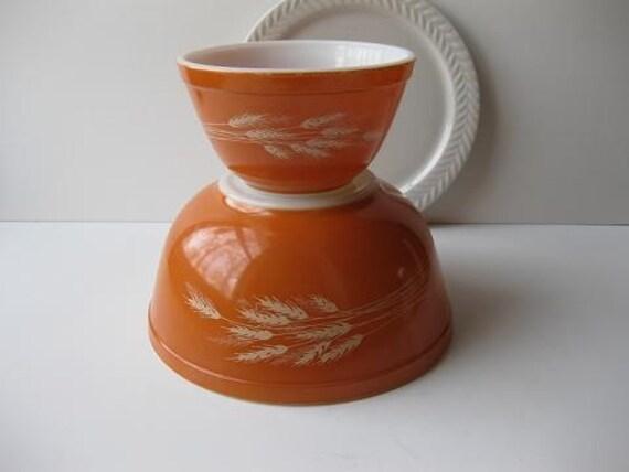Vintage Pyrex Autumn Harvest Wheat Mixing Bowls Pair