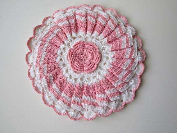 Vintage Pink White Hand Crocheted Floral Potholder