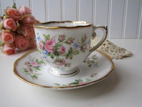 Vintage Roslyn Fine Bone China Moss Rose Pink Floral Teacup and Saucer