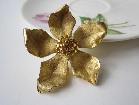Vintage BSK Goldtone Floral Brooch