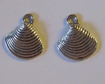 2 Silver Pewter Seashell Charms (m10)