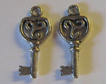 2 Silver Pewter Key Charms (m22)