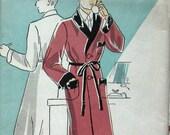 1930s VINTAGE Mens Wrap Robe Pattern Chest 44 du Barry 1038B UNCUT