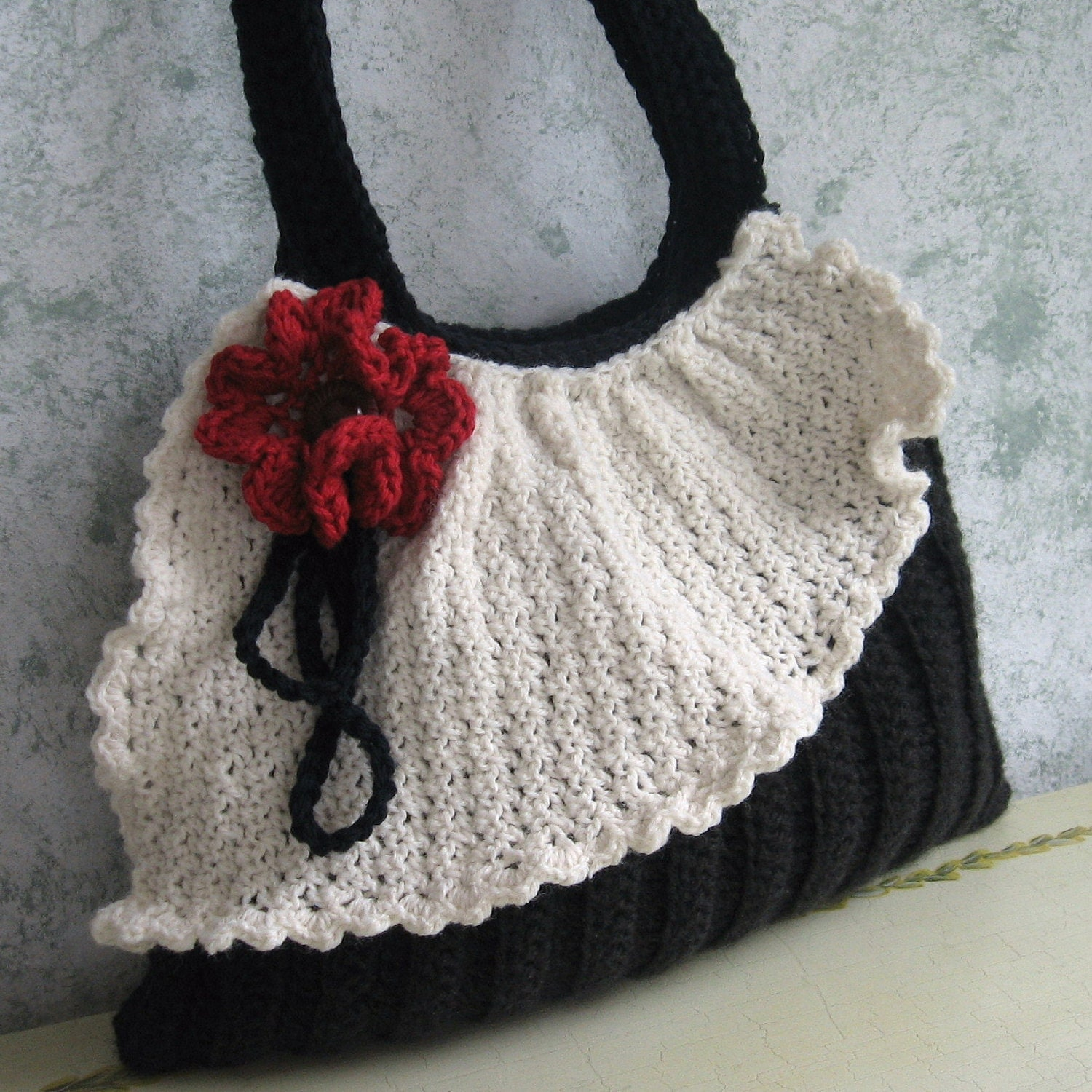 Crochet Bags Video : Crochet Purse Pattern Pleated Bag With Drape And by kalliedesigns