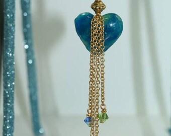 Renaissance Blue Heart Strings Pendant Necklace