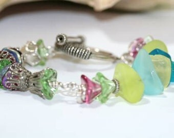 Pastel Bracelet Glass and Sterling Silver Antique Sandwich Glass