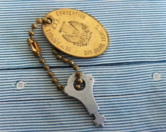 vintage mini key and kitchy keyring