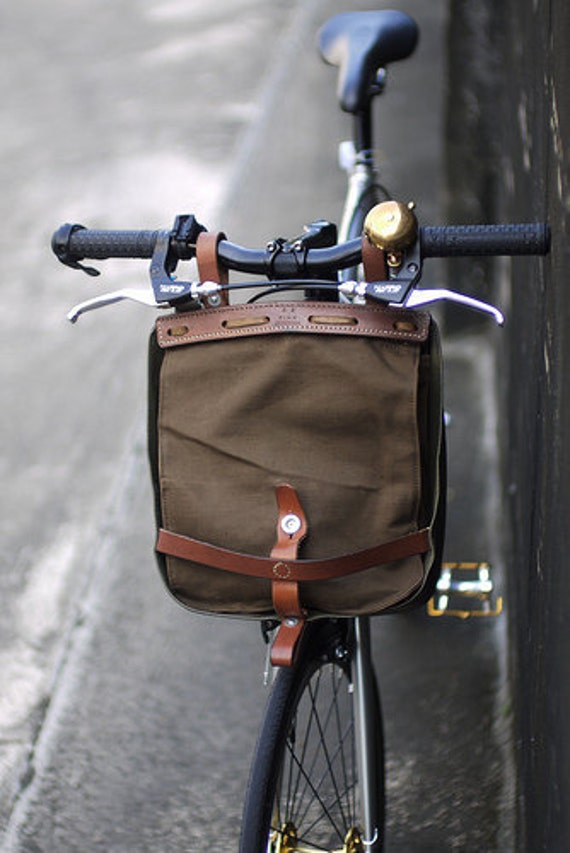 Vintage khaki swiss military bread bag & bike pack