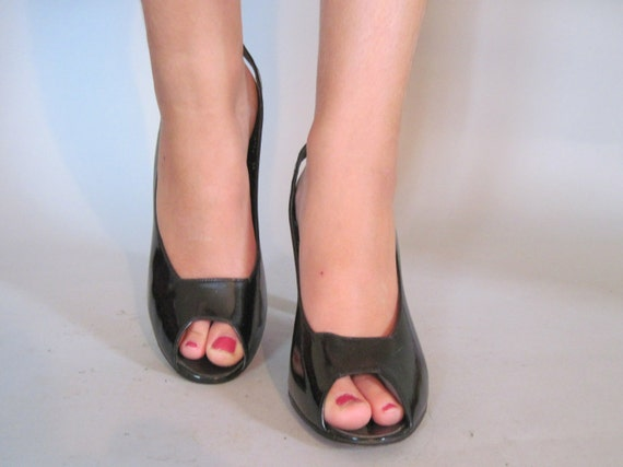 size 9 - 9.5, 1970s HALSTON Black Patent Leather Peep Toe, Slingback, High Heel Shoes