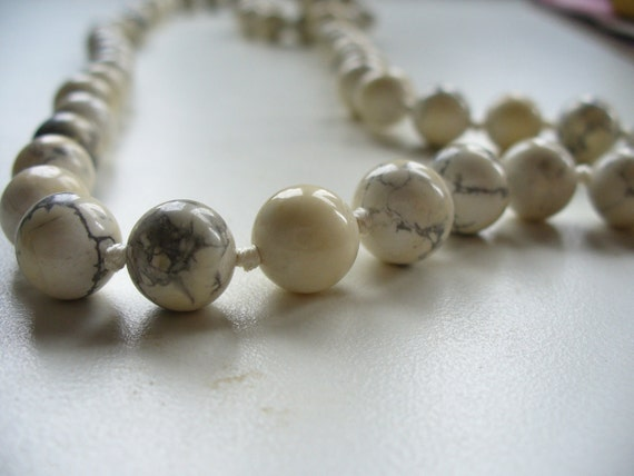 Reiki Howlite Bead Necklace