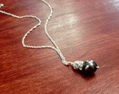 Felicity, necklace in sterling silver, gray pearl and rhinestone (or choose your own color)