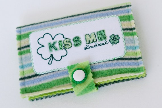 Kiss Me I'm Irish Felted Photo Album or Brag Book 4x6