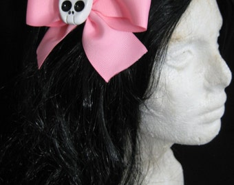 Large Light Pink Skull Hairbow