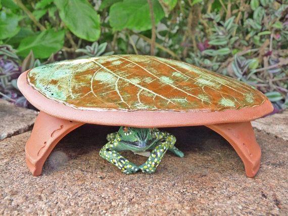 Frog House Toad Abode House Green Gardening Leaf Design  Nature Inspired Pottery  Unique Garden Decor for the Gardener