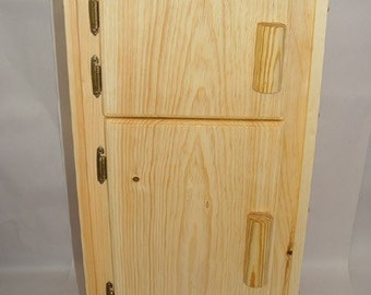 Willow Icebox Wooden toy Kitchen Icebox, refrigerator, fridge crafted from Willow Toys