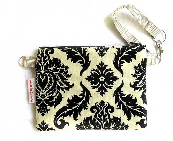 sofs offers a matching stylish wristlet for your every day use.
