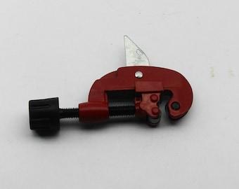 1-1/8 Inch Tubing Cutter