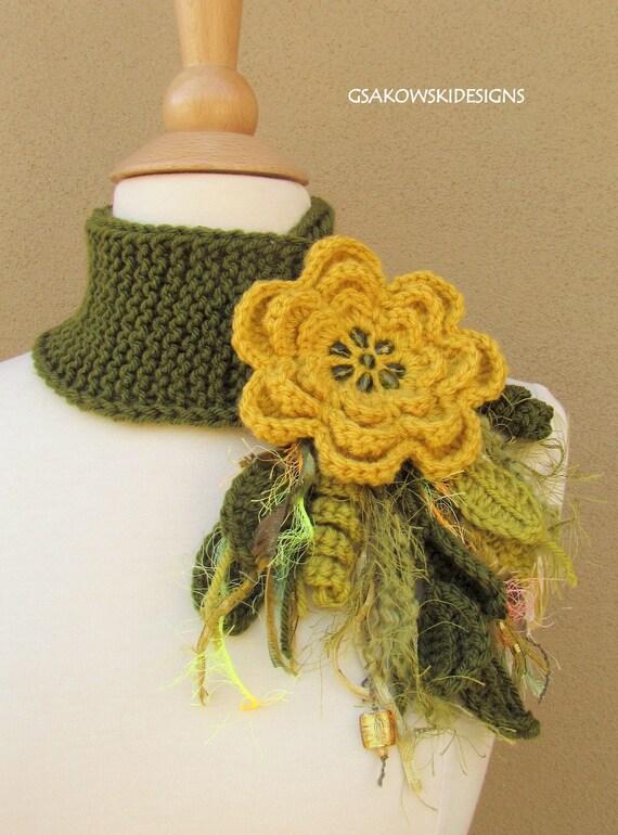 Yellow Flower Scarflette