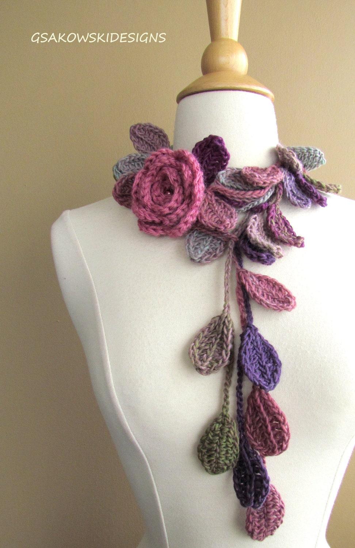 queen elizabeth rose lariat scarflette dusty rose. Black Bedroom Furniture Sets. Home Design Ideas