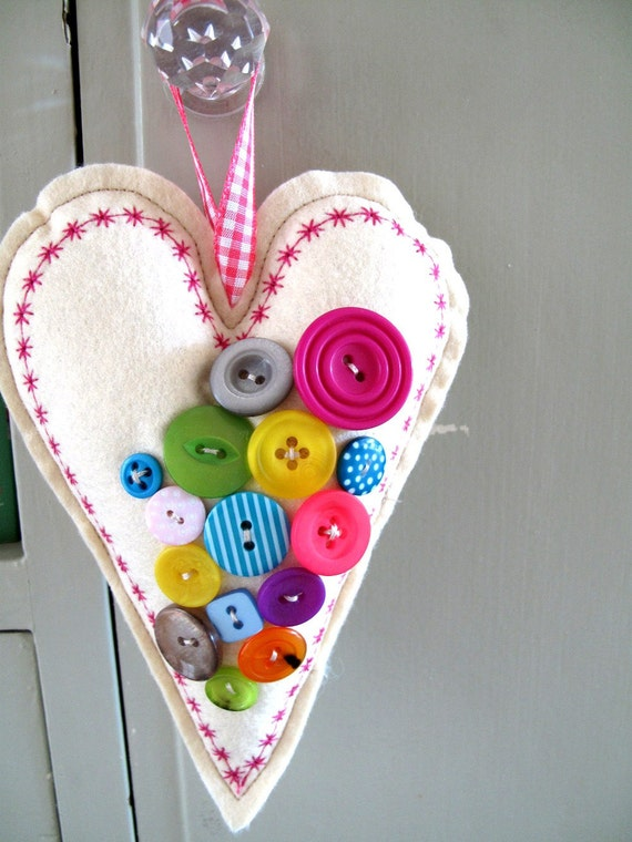 Christmas Decoration Bright Buttony Hanging Heart