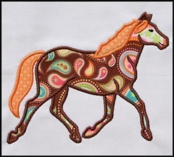 Instant download horse applique design
