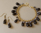Onyx drops and african striped beads bracelet and earrings set