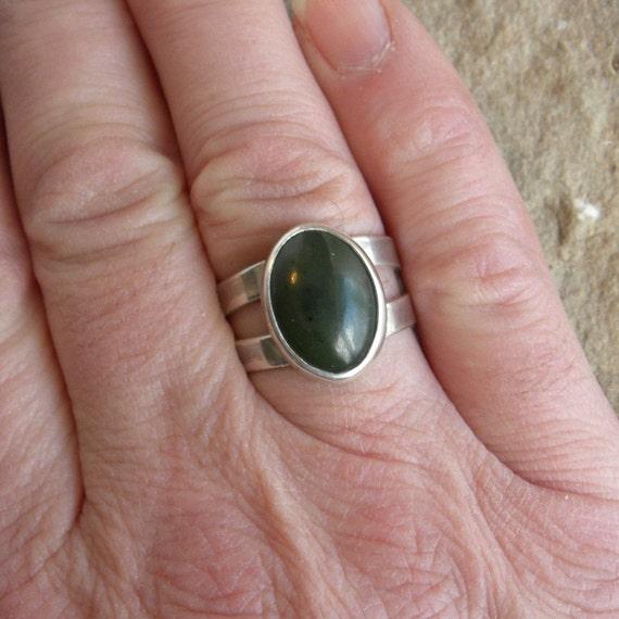 Dark Green Nephrite Jade Ring For Men