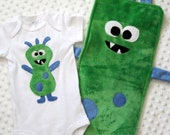 ZANY BABY GIFT SET-ZARKLE BURP CLOTH AND ZANY BABY SUIT