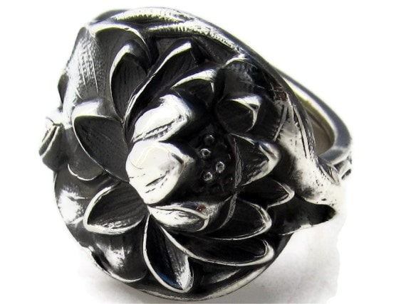 Breathtaking Lotus Spoon Ring Size 6 to 12  Heavy Sterling Silver