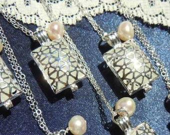 Bridesmaid Wedding Necklaces - Sea Glass Lockets Set of 6 - Beach GlassWedding Jewelry - Bridal Party Jewelry