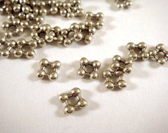50 Antique Silver Bead Spacer Square Daisy Beads, LF/CF 5mm - 50 pc - 5878-9-M
