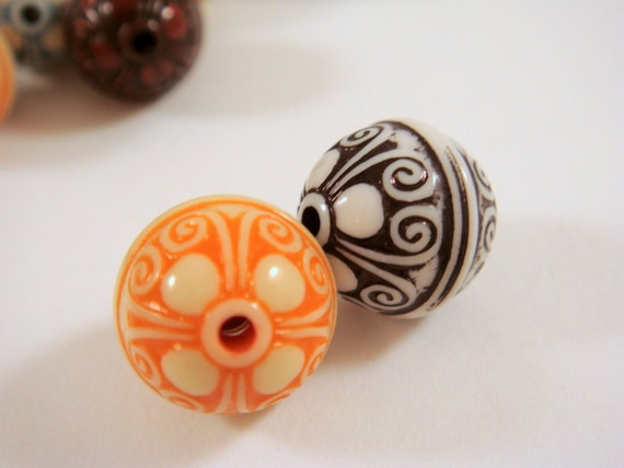 SALE - 10 Acrylic Beads Round 12mm Mixed - 10 pc - 3094