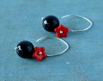 Candy Bubbles  jet black onyx stones an red daisy flowers on  Antiqued Silver plated hooks