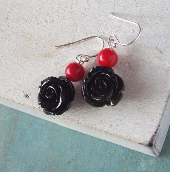 Black roses and coral stone earrings in stelring silver