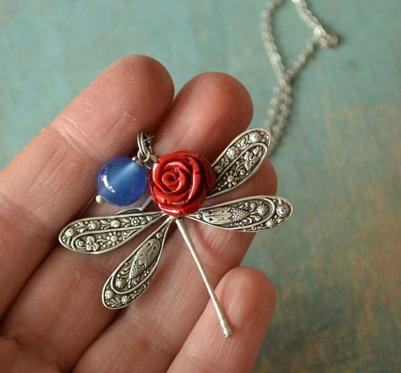 La Libellule Necklace in antiqued silver with red resin rose and blue jade stone