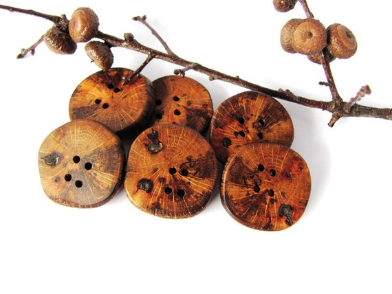 Wooden Buttons Reclaimed Wood Handmade Set of 6 by Hendywood
