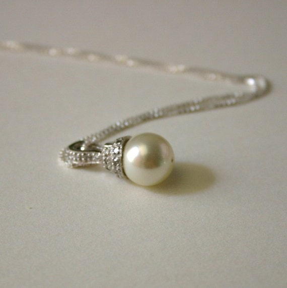 Single Swarovski Pearl Pendant Necklace in Sterling Silver with CZ Sparkle READY TO SHIP