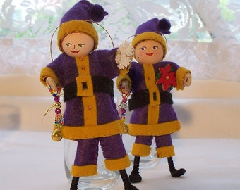 Santa Claus Christmas Ornaments, Felt Art Doll, Santa Brings Presents holiday ornament