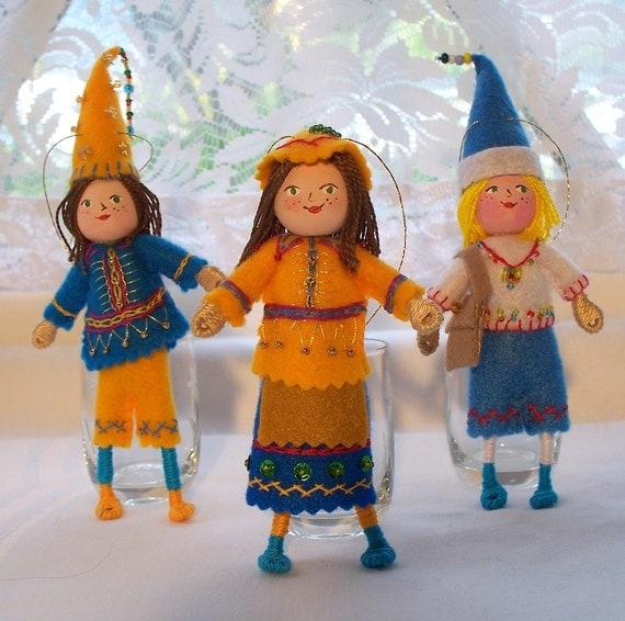 Felt Art Doll - Hanging Ornament - Christmas Celebration - Christmas Decoration