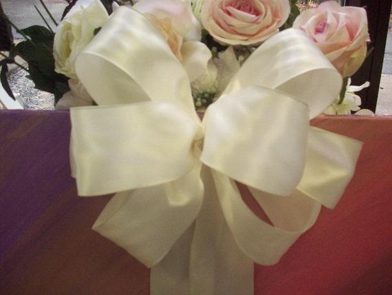 Bridal Pew Bow Simple and Elegant Ivory
