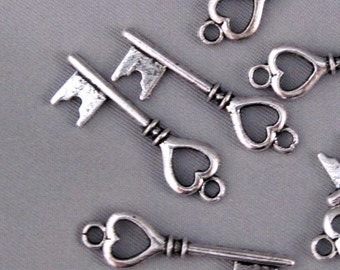 Queen of Hearts Key Charm lot of 10