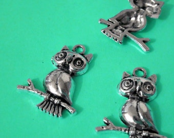 Owl on a Branch Charms lot of 5