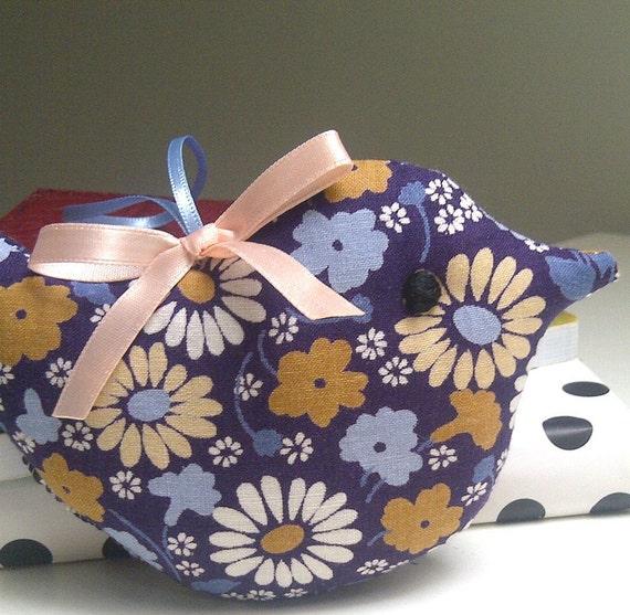 MID SUMMER SALE Little Lavender Bird in Vintage Blue Daisy Flower Fabric