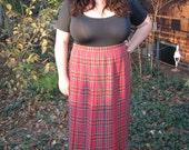 plus size 80s plaid pleated skirt / 1980s xxl skirt