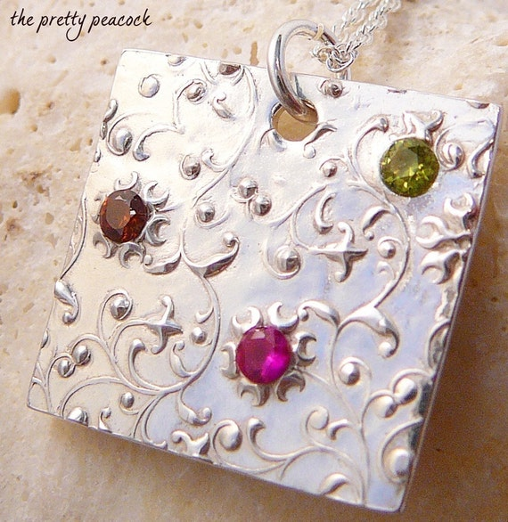 Family Stone Pendant Personalized Customized and Eco Friendly