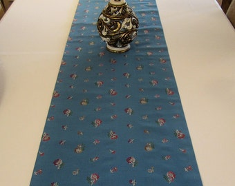 Table Runner - Blue Denim Look with Mini Flowers - 73-1/2 x 15-1/2 -  Item TR-525312